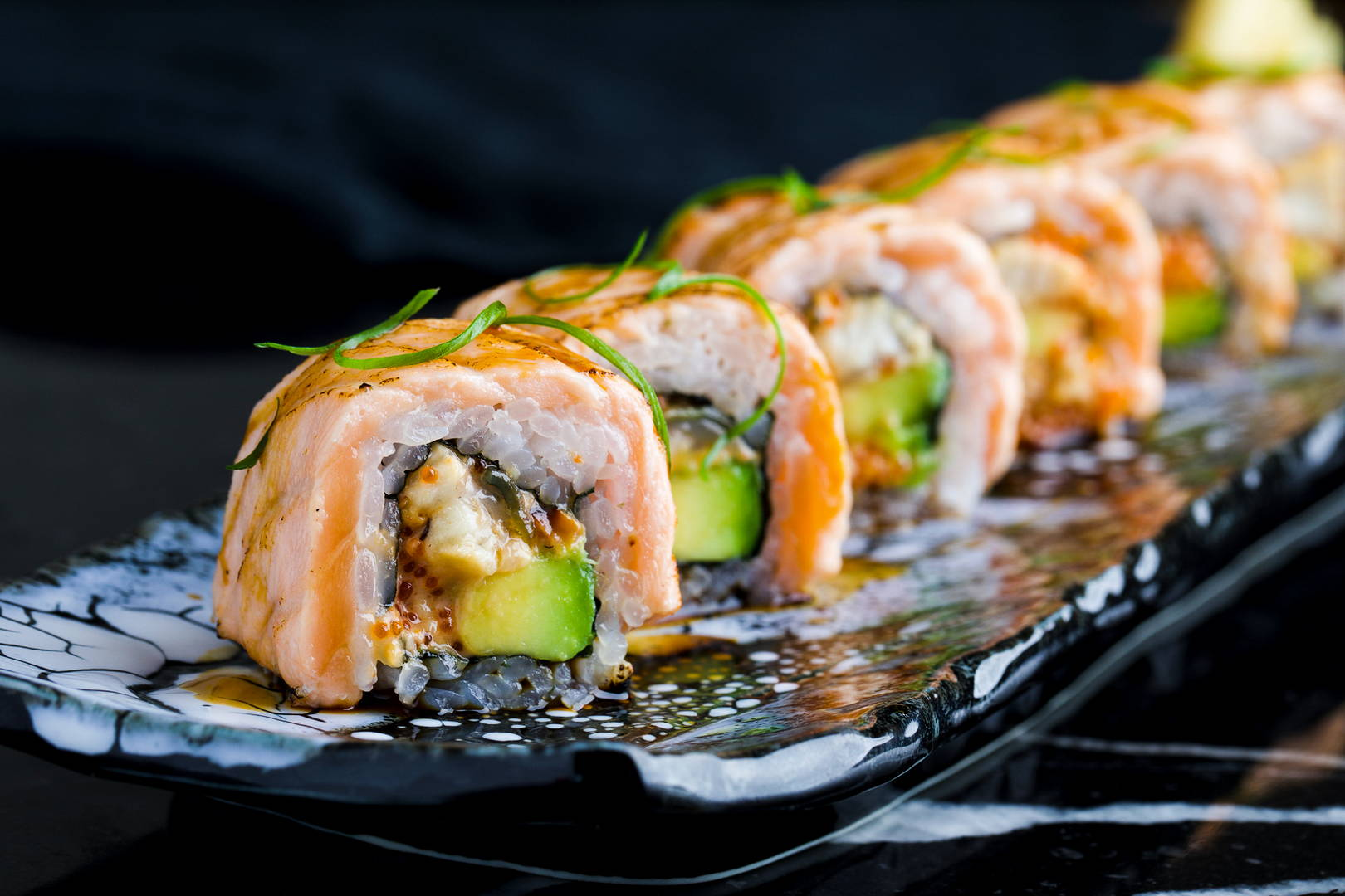 "<a href=""http://tokyosushibar.ru/delivery-menu/""  target=""_blank"" >ДОСТАВКА ИЗ TOKYO И BBcafe</a>"